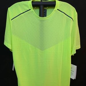 Nike Men's Tech Pack Shirt, Medium, NWT